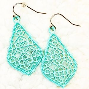 Teardrop Filigree Dangle Earrings